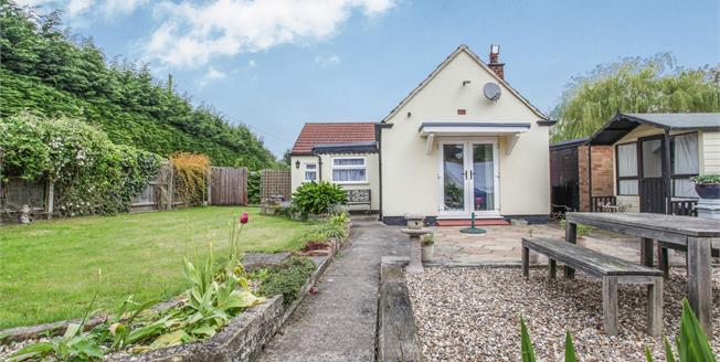 Offers Over £290,000, 3 Bedroom Detached Bungalow For Sale in Sutton, CB6