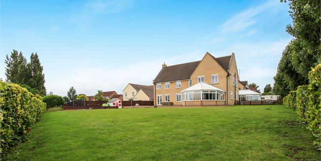 Asking Price £600,000, 5 Bedroom Detached House For Sale in Wimblington, PE15
