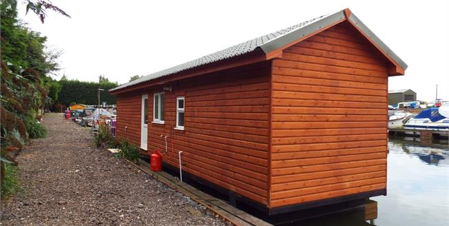 Guide Price £80,000, 2 Bedroom Mobile Home For Sale in Ely, CB7