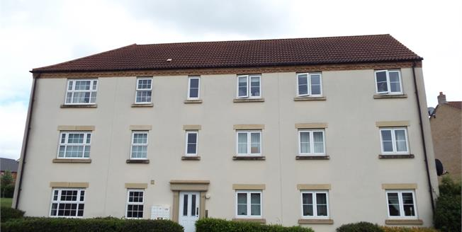 Guide Price £155,000, 2 Bedroom Flat For Sale in Ely, CB7