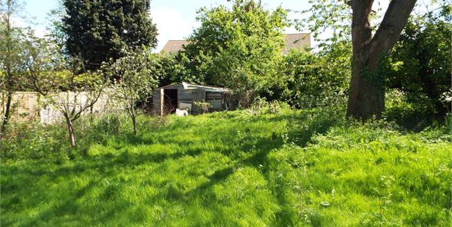 Guide Price £475,000, 3 Bedroom Detached Bungalow For Sale in Norfolk, NR24