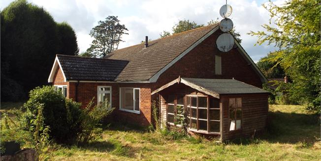 Guide Price £250,000, 3 Bedroom Detached Bungalow For Sale in Norfolk, NR24