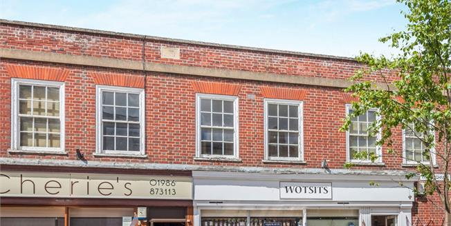 Offers Over £100,000, 3 Bedroom Flat For Sale in Halesworth, IP19