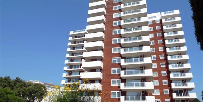 Offers in the region of £360,000, 3 Bedroom Flat For Sale in Bournemouth, BH1