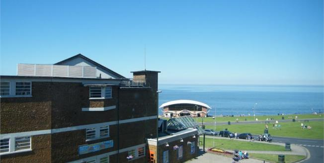 £120,000, 1 Bedroom Flat For Sale in Hunstanton, PE36