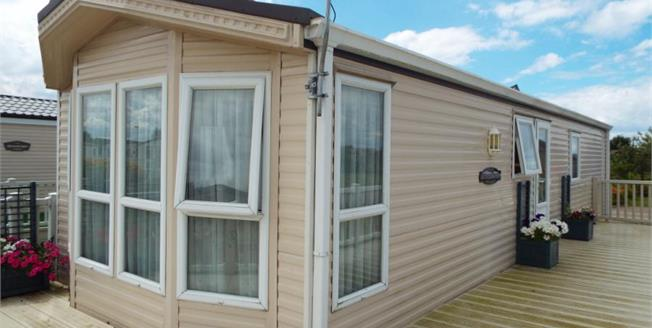 £28,000, 2 Bedroom Mobile Home For Sale in Hunstanton, PE36