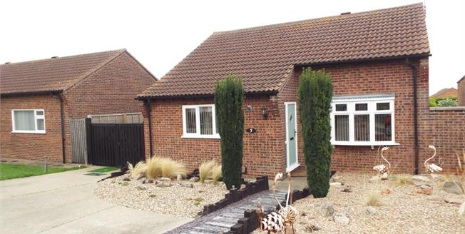 Asking Price £325,000, 3 Bedroom Detached Bungalow For Sale in Hunstanton, PE36