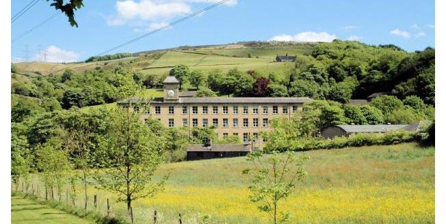 Offers in excess of £75,000, 1 Bedroom Flat For Sale in Rishworth, HX6