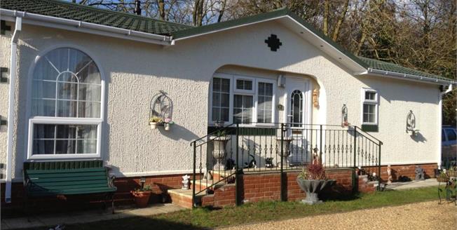 £140,000, 2 Bedroom Detached Mobile Home For Sale in Great Blakenham, IP6