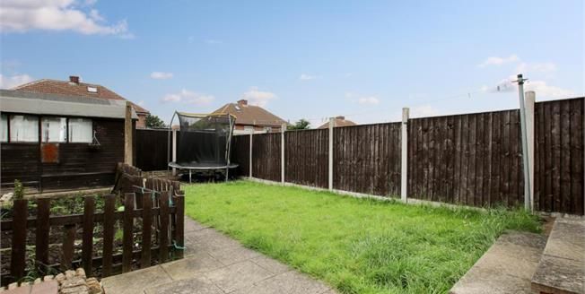 Guide Price £105,000, 3 Bedroom Semi Detached House For Sale in Rotherham, S65