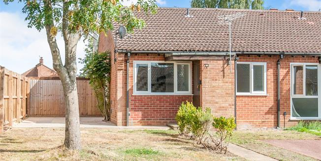 Asking Price £130,000, 1 Bedroom End of Terrace Bungalow For Sale in Lakenheath, IP27