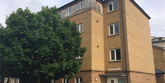 Asking Price £440,000, 2 Bedroom Flat For Sale in London, E3