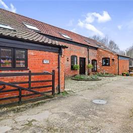 Grange Farm Barn, Bramerton, Norwich, NR14