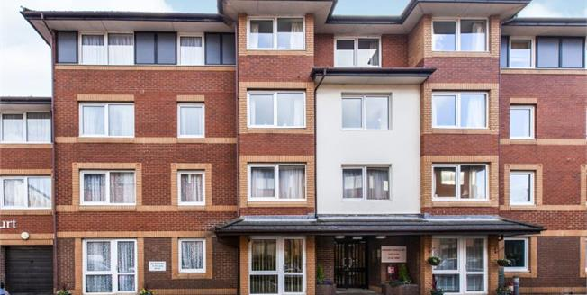 £180,000, 1 Bedroom Flat For Sale in Maidenhead, SL6