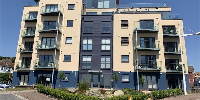 Offers Over £240,000, 2 Bedroom Flat For Sale in Newhaven, BN9