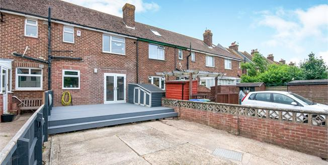 Guide Price £240,000, 3 Bedroom Terraced House For Sale in Newhaven, BN9