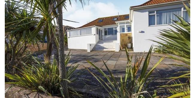 Asking Price £700,000, 5 Bedroom Detached Bungalow For Sale in Saltdean, BN2