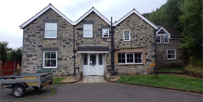 Asking Price £385,000, 5 Bedroom Detached House For Sale in Dolgarrog, LL32