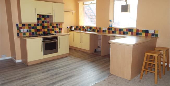 Offers in the region of £109,950, 3 Bedroom Flat For Sale in Colwyn Bay, LL29
