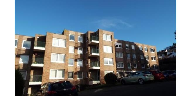 Asking Price £75,000, 1 Bedroom Flat For Sale in Old Colwyn, LL29