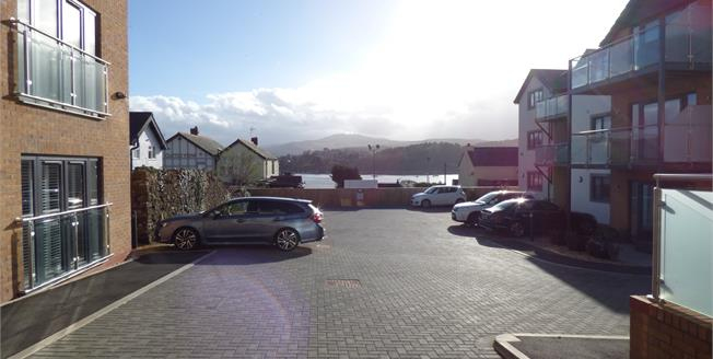 Asking Price £200,000, 2 Bedroom Flat For Sale in Deganwy, LL31