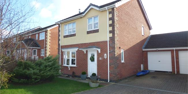 Offers in the region of £275,000, 3 Bedroom Link Detached House For Sale in Llanfairpwllgwyngyll, LL61