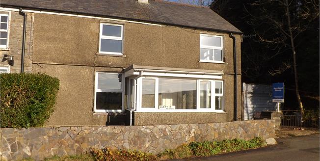 Asking Price £125,000, 2 Bedroom Semi Detached House For Sale in Manod, LL41