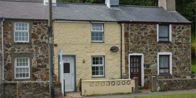 Asking Price £105,000, 2 Bedroom Terraced Cottage For Sale in Pwllheli, LL53