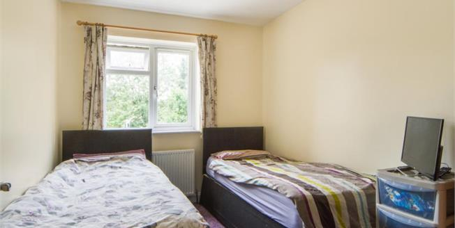 £500,000, 4 Bedroom Semi Detached House For Sale in Cambridge, CB4