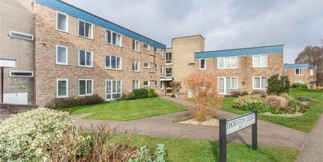 Guide Price £325,000, 3 Bedroom Ground Floor Flat For Sale in Girton, CB3