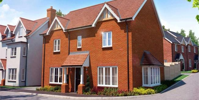 Guide Price £529,950, 4 Bedroom Detached House For Sale in Stansted, CM24