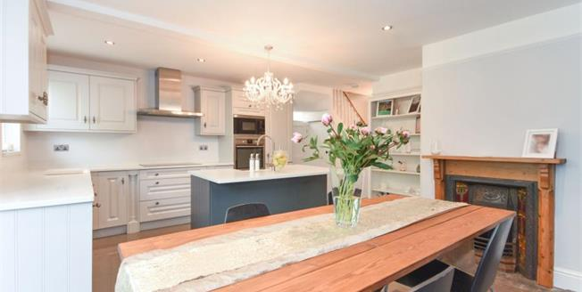 Guide Price £475,000, 3 Bedroom Semi Detached House For Sale in Saffron Walden, CB11
