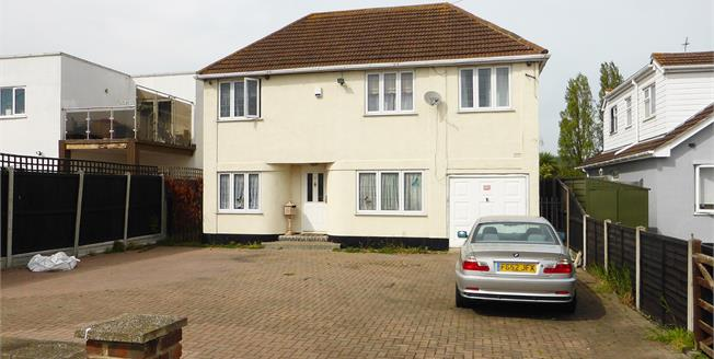Guide Price £400,000, 4 Bedroom Detached House For Sale in Canvey Island, SS8