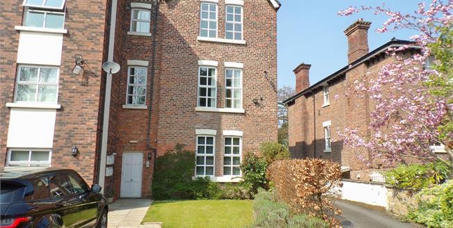 £140,000, 2 Bedroom Upper Floor Flat For Sale in Prenton, CH43
