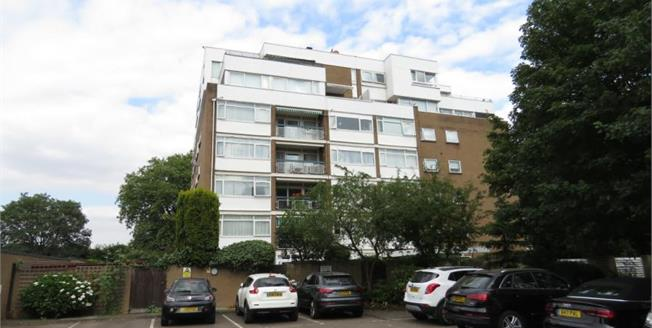 Guide Price £975,000, 2 Bedroom Flat For Sale in Chigwell, IG7