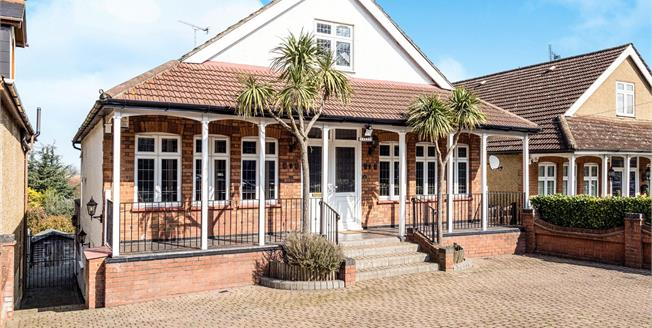 Asking Price £1,400,000, 7 Bedroom Detached Bungalow For Sale in Chigwell, IG7
