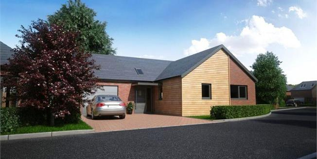 £449,000, 3 Bedroom Detached Bungalow For Sale in Canterbury, CT2