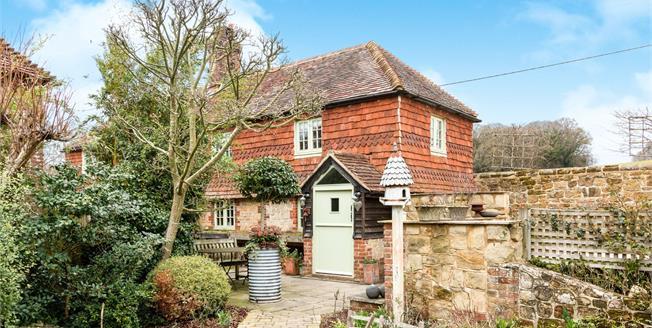 Guide Price £700,000, 3 Bedroom Detached Cottage For Sale in Northchapel, GU28