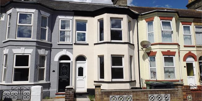 Guide Price £120,000, 3 Bedroom Terraced House For Sale in Great Yarmouth, NR31