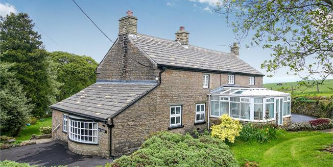 Guide Price £625,000, 4 Bedroom Detached House For Sale in Disley, SK12