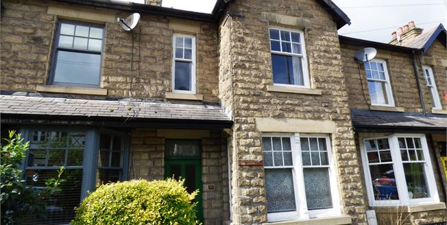 Guide Price £178,000, 3 Bedroom Terraced House For Sale in Whaley Bridge, SK23