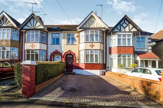 Woodford Green, IG8 Guide Price £650,000. Approximate Monthly Repayment Awesome Ideas