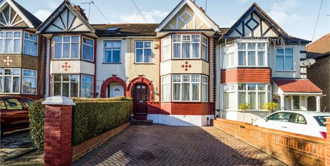 Guide Price £650,000, 3 Bedroom Terraced House For Sale in Woodford Green, IG8