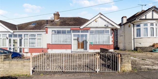 £475,000, 2 Bedroom Semi Detached Bungalow For Sale in Woodford Green, IG8