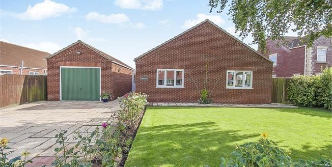 Asking Price £220,000, 3 Bedroom Detached Bungalow For Sale in Amber Hill, PE20