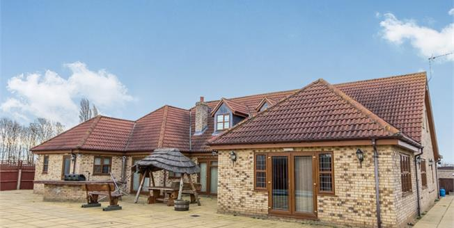 Asking Price £500,000, 4 Bedroom Detached House For Sale in Eye, PE6
