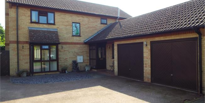 Asking Price £385,000, 4 Bedroom Detached House For Sale in Whittlesey, PE7