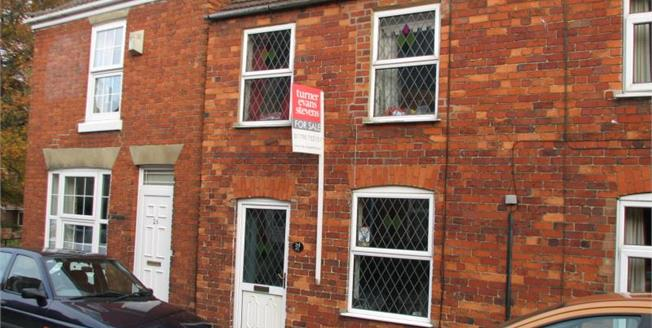 Offers Over £80,000, 3 Bedroom Semi Detached House For Sale in Spilsby, PE23