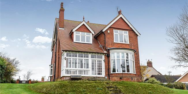 Asking Price £595,000, 4 Bedroom Detached House For Sale in Skegness, PE25