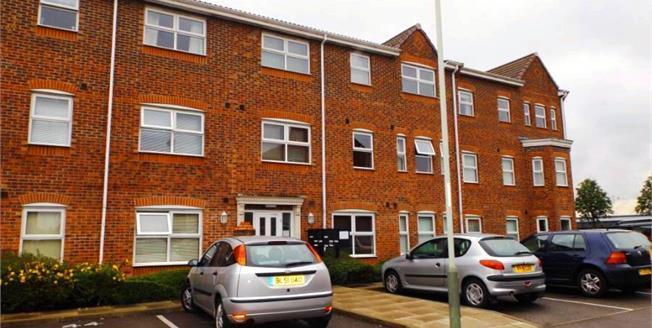 Offers Over £75,000, 2 Bedroom Upper Floor Flat For Sale in Darlington, DL1